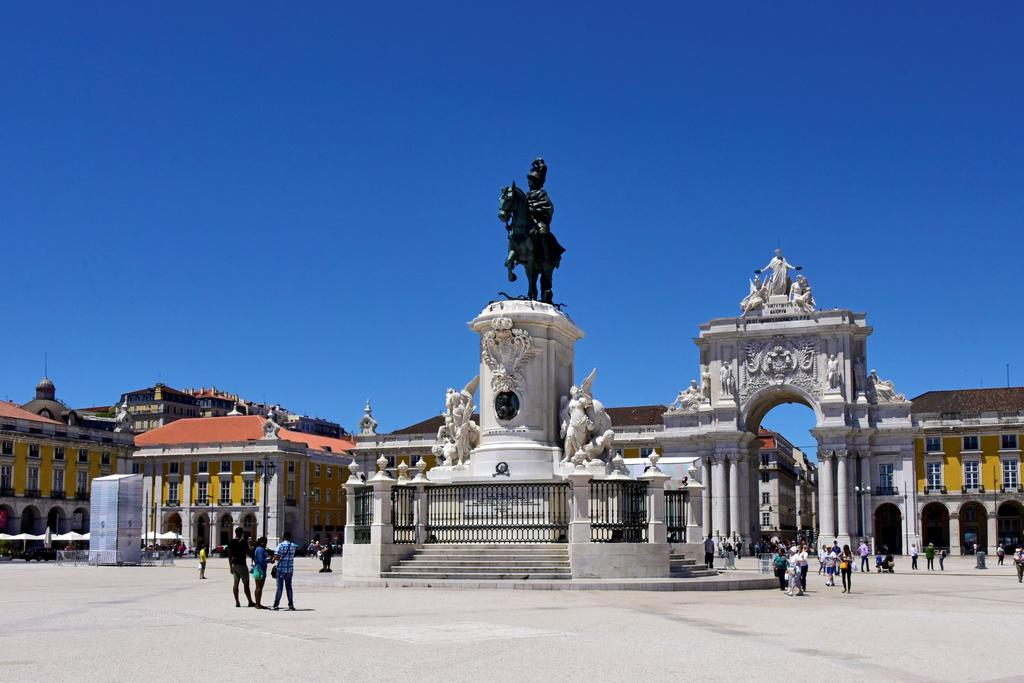Terreiro do Paço, a square full of Lisbon memories