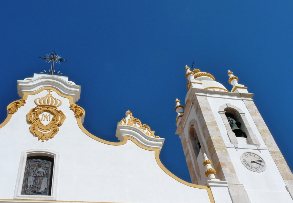 A journey through the churches and chapels of Portimão